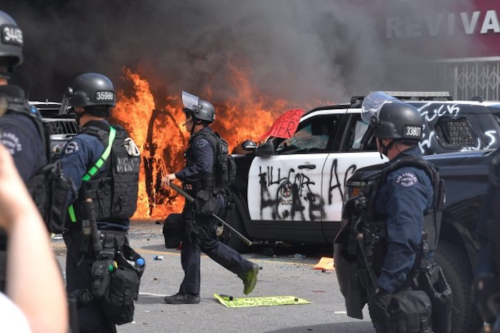 National Guard And Mandatory Curfew In L.A. Amid Protests