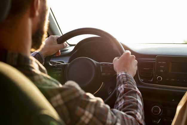 Holiday Driving Safety Tips That You Should Be Aware